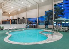 Days Inn Kirksville - Kirksville - Pool