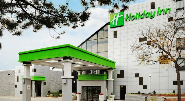 Holiday Inn Guelph Hotel & Conference Ctr - Guelph - Building