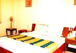 Hotel PR Residency - Amritsar - Bedroom