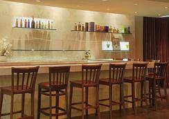Ramada Los Angeles/Wilshire Center - Los Angeles - Bar