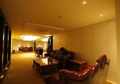 G Hotel - Agra - Lobby