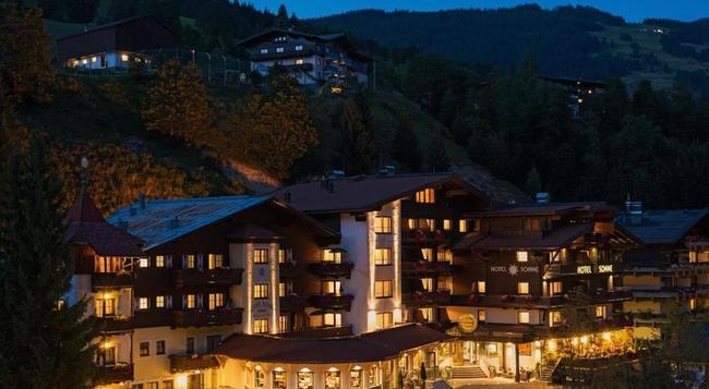 Hotel Die Sonne - Saalbach - Building