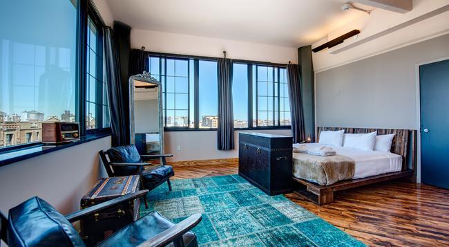 Paper Factory Hotel - Queens - Bedroom