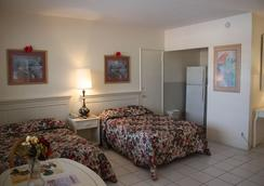 Beach and Town Motel - Hollywood - Bedroom
