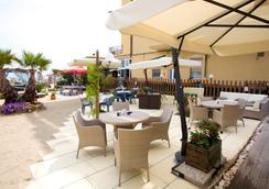 Hotel Estate - Rimini - Attractions