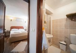 Aral Tatil Ciftligi - Bozcaada - Bedroom