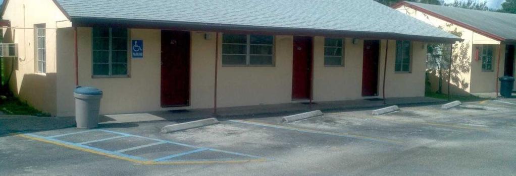 Palm City Motel - Fort Myers - Building