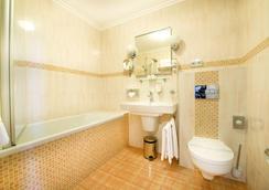 Boutique Hotel Seven Days - Prague - Bathroom