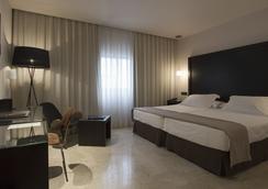 Hotel Fernando III - Sevilla - Bedroom