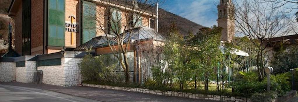 Hotel Diana - Valdobbiadene - Building