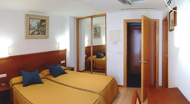 Hostal Evolucion - Burgos - Bedroom