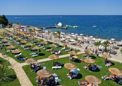 Pinia Residence - Poreč - Beach