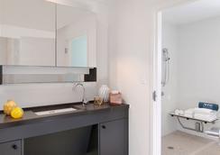 Washington Park Hotel - Miami Beach - Bathroom