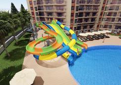 Prestige Hotel And Aquapark - Varna - Pool