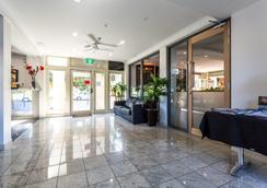 Baileys Motel - Perth - Lobby
