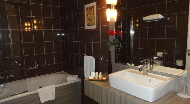Splendid Hotel - Annecy - Bedroom