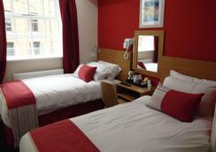 Le Villé Hotel - Manchester - Bedroom