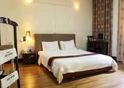 A25 Hotel Giang Vo - Hanoi - Bedroom