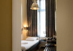 Hotel Sint Nicolaas - Amsterdam - Bedroom