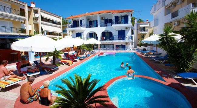 Hanioti Grandotel Hotel - Chaniotis - Pool