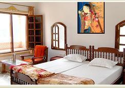 Hotel Sonar Haveli - Bharatpur - Bedroom