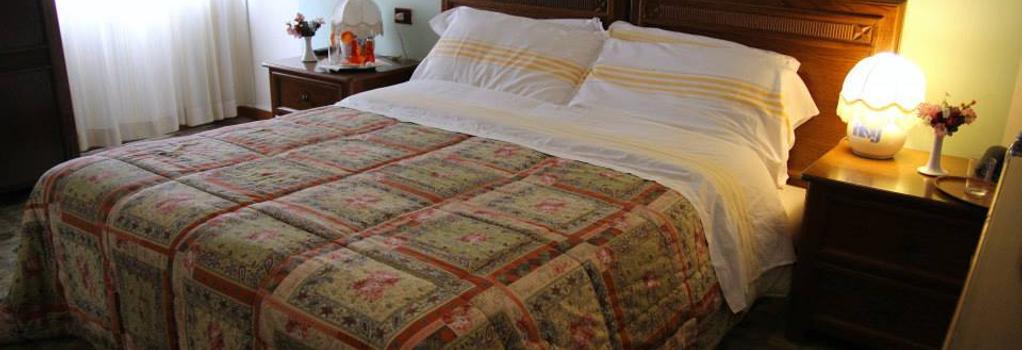 Hotel San Giuseppe - Pozzuoli - Bedroom