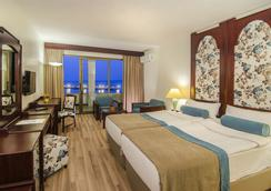 Hotel İmbat - Kusadasi - Bedroom