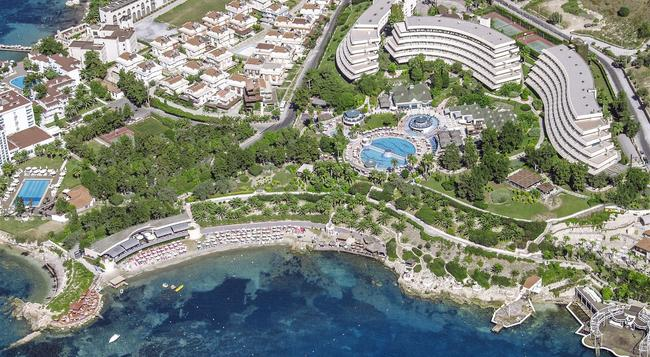 The Grand Blue Sky International - Kusadasi - Building