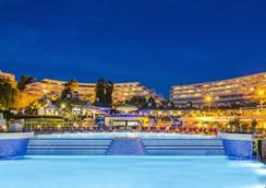 The Grand Blue Sky International - Kusadasi - Pool