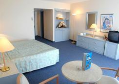 The Grand Blue Sky International - Kusadasi - Bedroom
