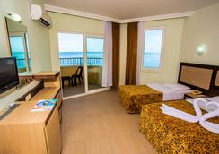 Kleopatra Beach Hotel - Alanya - Bedroom