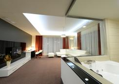 Hotel Galaxy - Timisoara - Living room