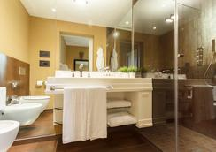Firenze Number Nine Wellness Hotel - Florence - Bathroom
