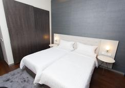 Hotel Cismigiu - Bucharest - Bedroom