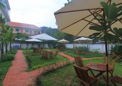 Mudra Angkor Boutique Hotel - Siem Reap - Outdoor view