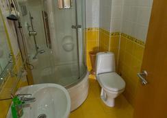 El Hotel - Sochi - Bathroom