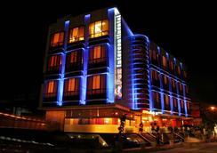Hotel Apex Intercontinental - Jaipur - Outdoor view