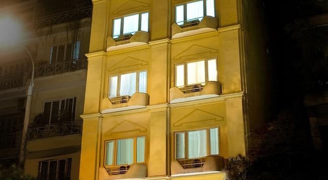 Cherry Hotel 2 - Hanoi - Building