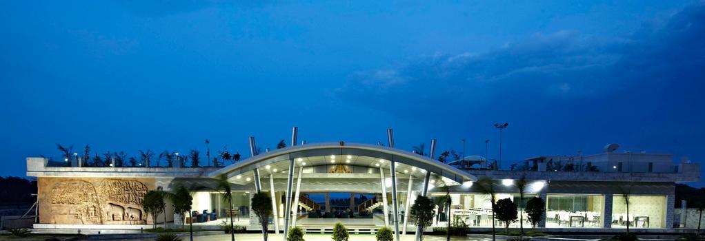 Grande Bay Resort And Spa Mamallapuram - Mahabalipuram - Building