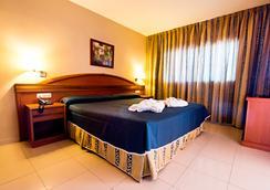 Hotel Bahía Tropical - Almuñecar - Bedroom