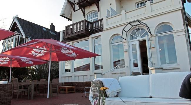 Hotel Lieblingsplatz meine Strandperle - Lübeck - Building