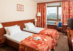 Cosmos Hotel - Moscow - Bedroom