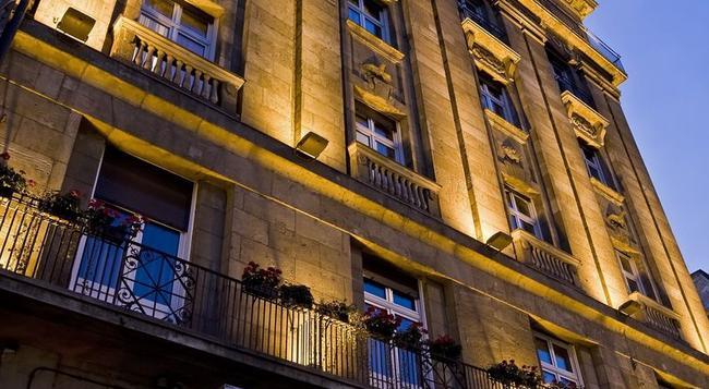 Danubius Hotel Astoria City Center - Budapest - Building