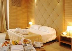 Hotel Area - Rome - Bedroom