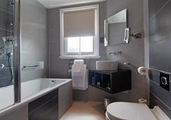 The Shaftesbury Marble Arch Suites - London - Bathroom