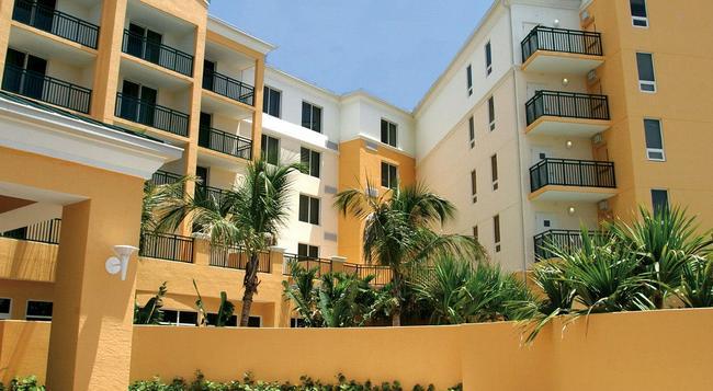 Courtyard by Marriott Miami Dadeland - Miami - Building