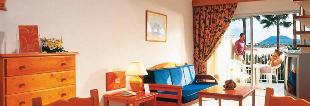 Clubh. Riu Oliva Beach Resort - La Oliva - Bedroom
