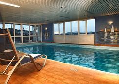 H+ Hotel Siegen - Siegen - Pool
