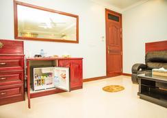 Ondhigo Villa - Addu City - Living room