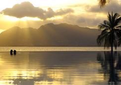 Beachcomber Seychelles - Victoria - Pool